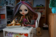Blythe A Day 27 December 2014 - Silver and Gold