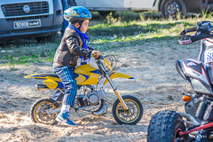 The motocross kid -2- (dominiquekt) Tags: colors sport speed nikon dynamic tunisia dom fast moto motorcycle dominique win dust motocross khaled tunisie bizerte enduro vitesse boost challange errimel poussire mecanic motocorss bizerta d5200 touel