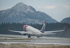Norwegian - LN-NIF - B737-800 (Aviation & Maritime) Tags: norway norwegian boeing bergen nas b737 flesland nax boeing737800 boeing737 b737800 bgo norwegianairshuttle enbr bergenlufthavnflesland norshuttle bergenairportflesland lnnif