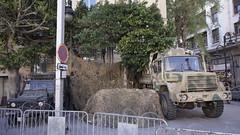 Vojska ispred ambasade