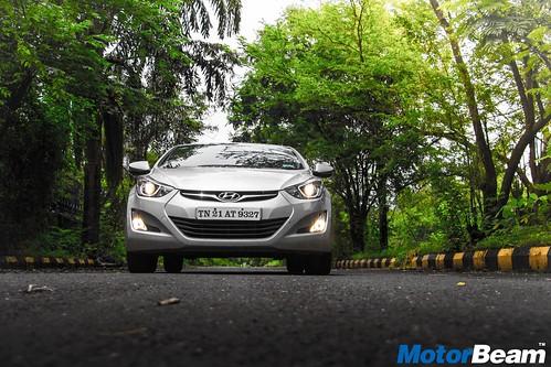 Hyundai-Elantra-Facelift-Long-Term-08