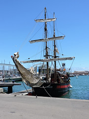 Pirate ship (attilaboros86) Tags: barcelona sea port spain ship pirate catalunya pirateship
