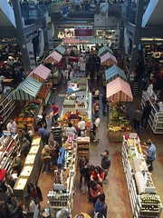 Eataly, a huge farmer's market (eltpics) Tags: shop floors shopping display market sale indoor covered huge choice selling levels stalls storeys customers eltpics