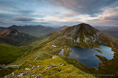 Mamores sunset (Camillo Berenos) Tags: uk greatbritain sunset mountain dusk vista loch viewpoint rugged munro lochan mamores scottishhighlands outdoorrecreation dramaticlight sgurreildemor coireanlochain foregroundinterest binneinbeag