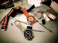In the Box ! (Fana ) Tags: seiko sbdc005 sumo montre timepiece hour horloge wristwatch watch watches automatic automatique orange dial diver plongeuse nato scuba watchelse fanawatches strapcode endmill skx007 seikodiver bergeon bracelets straps