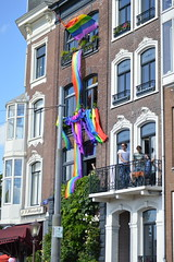 Canal Pride Amsterdam 2016 (O. Herreman) Tags: amsterdam gaypride canalpride canal pride homo biseksueel lesbisch europride feest boten nederland amsterdamsegrachten eurogayprideamsterdam outdoor stad party prinsengracht brouwersgracht city friends people homoemancipatie europe netherlands holland paysbas noordholland centrum amsterdampride parade lgbt freedom liberty rights droits gay civilrights festa fte coc crowd happy reguliersgracht pont lovewins toerisme straatfeest streetparty canalprideamsterdam gayprideamsterdam regenboogkleuren regenboogvlag rainbowcolors