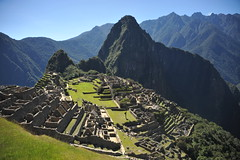 (E.Hunt.) Tags: picchu machu inca incan empire huayna striking ruins sunshine mountains valley dramatic majestic powerful spiritual ciudad perros de los incas