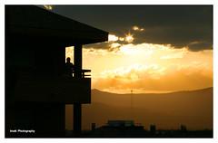 Luz de otoo (II) -Autumn light)- (Imati) Tags: luz ocaso otoo contraluz hombre paisaje autumn light cruz cross