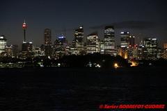Sydney Harbour by Night - CBD Skyline (soyouz) Tags: aus australie gardenisland geo:lat=3385466580 geo:lon=15124192360 geotagged newsouthwales pointpiper sydney nuit sydneyharbour portjackson sydneytower australiel