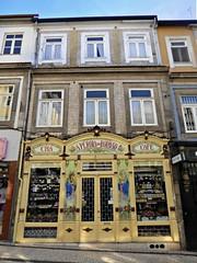 A Pérola do Bolhão (Linda DV) Tags: lindadevolder panasonic geotagged travel portugal porto europe 2016 citytrip oporto ribbet
