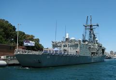 HMAS Darwin, Garden Island, Sydney, NSW. (dunedoo) Tags: sydneyharbour sydney nsw newsouthwales australia hmasdarwin gardenisland