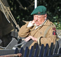Wartime Weekend 2014 - Goathland - IMG_4671 (grab a shot) Tags: uk england man men train canon vintage soldier army eos marine war uniform military wwii railway 1940s 7d ww2 reenactment northyorkshire homefront worldwar2 1943 steamtrain oldfashioned goathland heartbeat livinghistory 2014 nymr hogsmeade northyorkshiremoorsrailway aidensfield canoneos7d pickeringwarweekend harrypotterfilm