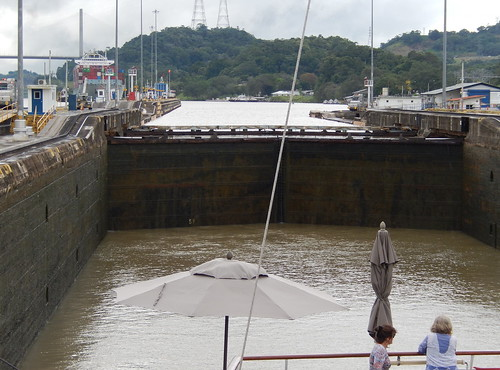 Going Down in Pedro Miguel Lock