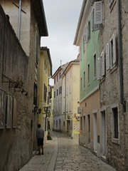 Nearly empty street in old town, Poreč, Croatia (Paul McClure DC) Tags: architecture croatia istria hrvatska istra poreč parenzo oct2012