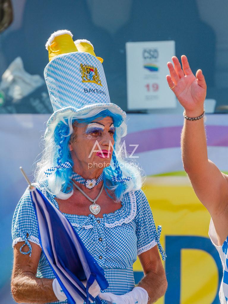 The World\'s Best Photos of stuttgart and transvestit - Flickr Hive Mind