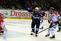 Torjubel Madsen, Hamburg Freezers (Enjoy my pixel.... :-)) Tags: del deutschland goal action hamburg o2 icehockey tor freezers torjubel hamburgfreezers eisbärenberlin deutscheeishockeyliga