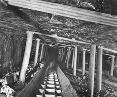 Coalface supports 1940s (Pitheadgear) Tags: industry pits collier mine pit mining geology coal colliers colliery mineur ncb charbon coalmining kohlen collieries coalindustry coalface bergwerker houilier