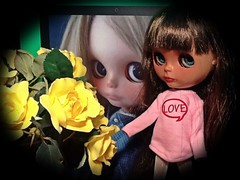 Blythe-a-Day Feb#4 Love Letters &#9: Roses: Dafina Reflects