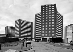 (Crusty Streets) Tags: uk england tower st mary flats gb block essex grays thurrock chadwell