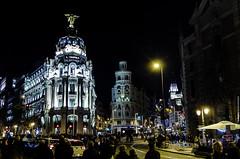 Madrid - Nocturna (Zamana Underground) Tags: madrid street city color flickr gente pentax metropolis noches k5iis