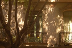 160731 008 (chausson bs) Tags: barcelona balcons estiu balcones verano ombra sombra