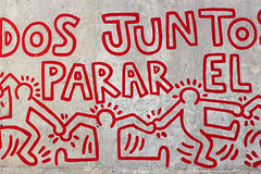 IMG_5475 (cristinapaleari) Tags: barcelona keith haring street art wall red drawing people parar