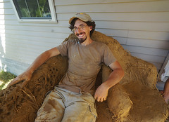 cob recliner (The Year of Mud) Tags: theyearofmud naturalbuilding cob clayplaster lightclaystraw berea kentucky southslopefarm