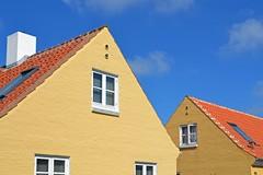 Skagen (Franco Coluzzi) Tags: houses skagen yellow case gialle giallo danimarca denmark