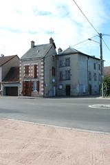 Rue Jean Jaurs, Le Donjon, AURA (Jickatrap) Tags: canon canoneos1300d architecture        newtopographics urbanlandscape suburbia photographersontumblr ledonjon auvergnerhnealpes