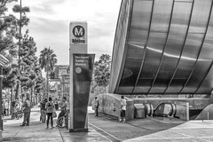 Untitled (ctklink) Tags: silverlake losangeles california sony a7 a7ii zeiss carlzeiss nikcollection la ca street streetphotography bw blackandwhite metro santamonica vermont