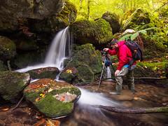 Afotando (bertigarcas) Tags: olympus omd em5 zuiko 918 paisaje landscape otoo autumn cascada fall river rio asturias espaa spain