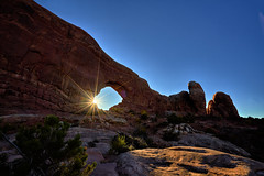 Sunrise at the South Window - Arches National Park (W_von_S) Tags: archesnationalpark south window landscape landschaft paysage paesaggio sunrise sonnenaufgang wvons werner sony october oktober utah usa us america outdoor arch felsen rocks southwindow wow