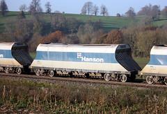 ARC 19818 Hanson JHA bogie aggregate hopper wagon, Newton Meadows, Bath, Somerset (Kev Slade Too) Tags: bath arc hanson 19818 hopperwagon newtonmeadows 662b