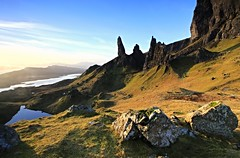 Morning Storr (Chris Golightly) Tags: skye sunrise canon landscape scotland isle storr