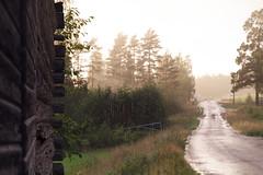 Take shelter (xibalbax) Tags: rain canon sweden 7d sunrays dalarna älvdalen 1755mm canoneos7d