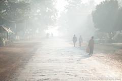Loikaw, Myanmar (GuyBerresfordPhotography.co.uk) Tags: road street morning trees light sun mist sunshine fog sunrise work dawn early smog haze sand glow glare arty smoke transport dirt journey ethereal myanmar commuting rays washedout lowcontrast loikaw