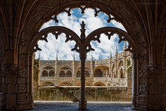 Filigrana manuelina (Javier Martinez de la Ossa) Tags: portugal nikon lisboa gotico claustro manuelino monasteriodelosjernimos d700 nikon2470 javiermartinezdelaossa
