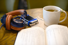 DSC_2728 (slowstep) Tags: reading nikon audiotechnica starbucks headphones c5 audiophile d610 cayin 5012 m50x