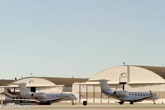 G650's resting (KSBD Photo) Tags: airport bur burbank bobhope gulfstream gvi kbur g650 glf6