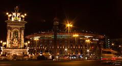 Centre commercial Arena - Place d'Espagne - Barcelone (Un regard en photo - Pierre Photos) Tags: barcelona plaza architecture night place picture arena espagne barcelone espanya