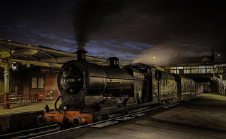10918N The Night Goods from Keighley