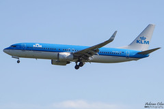 KLM --- Boeing 737-800 --- PH-BXL (Drinu C) Tags: adrianciliaphotography sony dsc hx100v lhr egll plane aircraft aviation klm boeing 737800 phbxl
