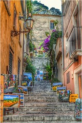 Alleys...Taormina #taormina #alleys #sicily #vicoli #italy #hdr #photography #hdrphoto #bellezzeitaliane #travel #turismo #sicilianelcuore (antoniocammaroto) Tags: vicoli hdr italy alleys turismo photography sicily sicilianelcuore bellezzeitaliane taormina travel hdrphoto