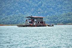 Houseboat (chooyutshing) Tags: houseboat accommodation recreation cruise leisure tasklkenyir kenyilake terengganu malaysia