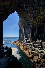 Fingal's Cave, Scotland (Mr_Flugel) Tags: landscape island staffa cave ocean scotland basalt volcanic columnar rock geology seascape