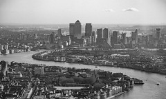 Round The Bend (James_Beard) Tags: canon6d london skyline viewpoint shard city cityscapes canon24105 thames river londonlandmarks londonskyline bw