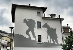 alpin jo mame (Cristina Birri) Tags: udine murales friuli casa house muro