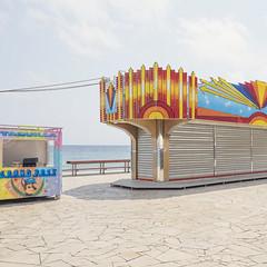 Blanes 6 (Danny Holleman) Tags: spain espaa cataloni gerona blanes costabrava catalunya fujifilm urbanlandscape manmadelandscape kermis fair playground