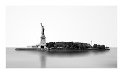 STATUE OF LIBERTY (Jose Gomez Design) Tags: statue liberty of new york nyc bw black white sony
