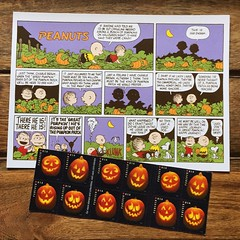 Happy Fall! I love when I find stamps to match my postcards! #onmydesk #postage #postagestamps #peanuts #snoopy #ilovesnoopy (iheartmail) Tags: onmydesk postage postagestamps peanuts snoopy ilovesnoopy